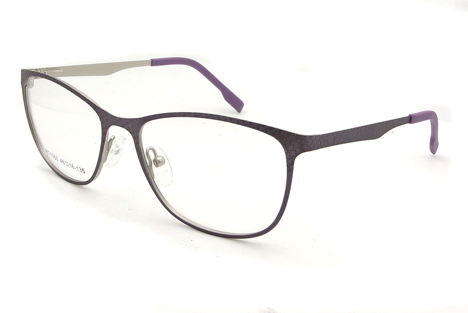 808331475ba This frame that will never be out of fashion! Great for fancy dress or  everyday chic retro wear!