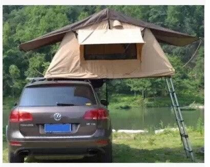 construit partir du sol avec une tente de toit apr s. Black Bedroom Furniture Sets. Home Design Ideas
