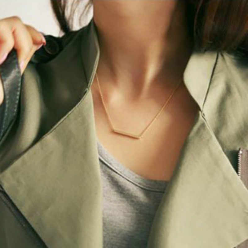 Popular Personality Simple Metal Bar Triangular Word Tassels Women Short Necklace Jewelry Wholesale Chokers