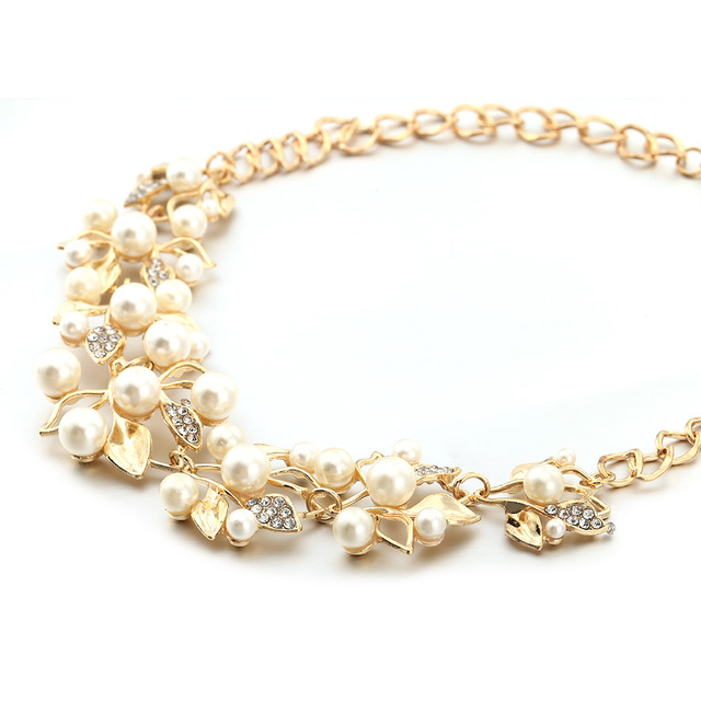 Designer White Pearl Necklace