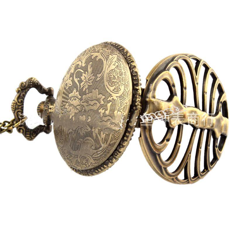 Antique Steampunk Ribs Hollow Quartz Pocket Watch Men Women Necklace Chain Retro Pendant Jewelry Charm Gifts