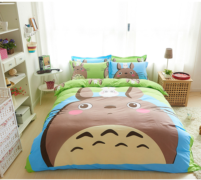 Twin queen size cartoon totoro bed linens superman bedding for Queen size bedroom sets with mattress