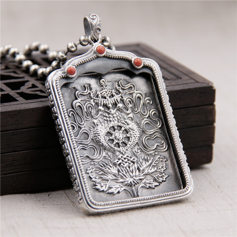 Silverware S925 Sterling Silver Buddhism South Red Garber Box Pendant Men & Women Little Tangka Retro Thai Silver PendantSilverware S925 Sterling Silver Buddhism South Red Garber Box Pendant Men & Women Little Tangka Retro Thai Silver Pendant