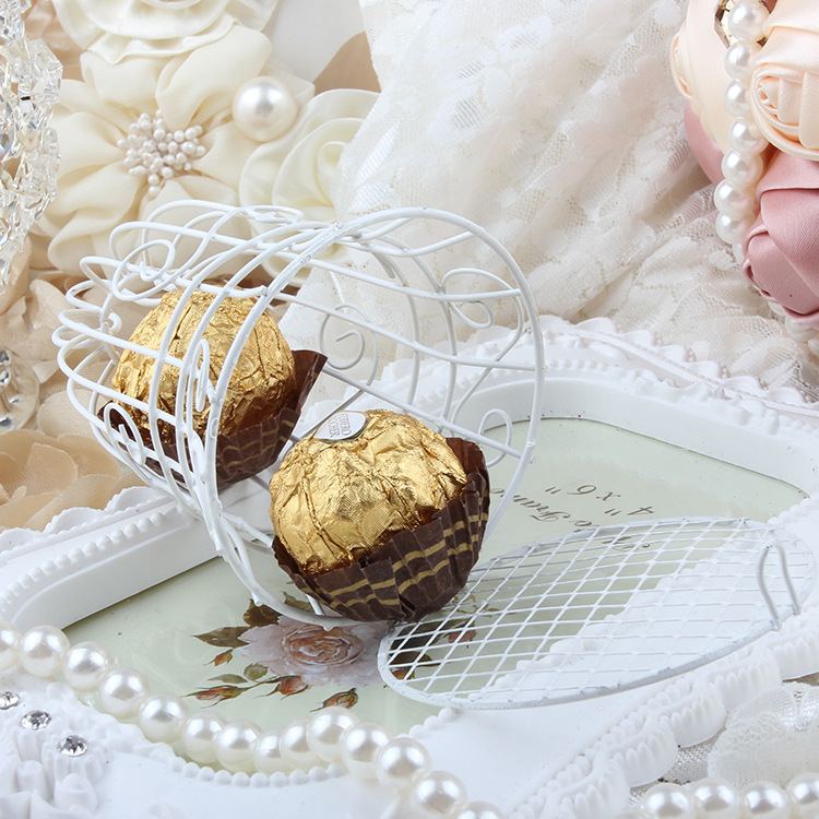 European romantic Bridal Wedding and party creative personality iron white candy box iron bell birdcage gift box candy boxes (6)