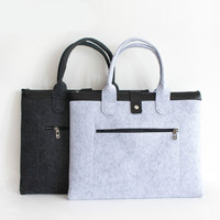Simple and Thickened Felt Hand held Document Bag A4 Large Capacity Zipper Bag PU Double Layer Men's Office Information Bag
