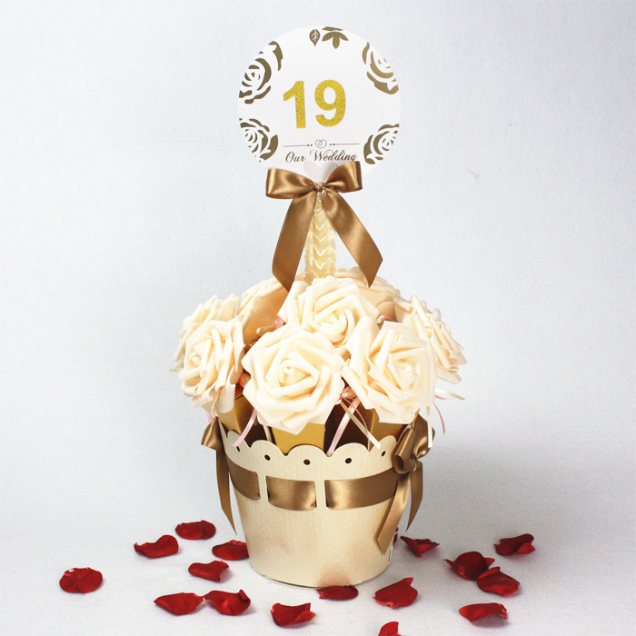Set Of 10 Country Garden Flower Seed Wedding Favours With: 20pcs / 2 Sets Champagne Gold Rose Cone Ice Cream Style