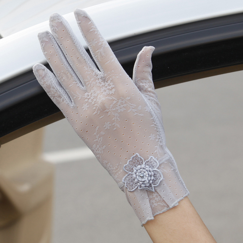 Sexy Spring Summer Female UV Sunscreen Short Sun Touch Screen Gloves Fashion Women Thin Ice Silk Lace Flower Driving Gloves 03