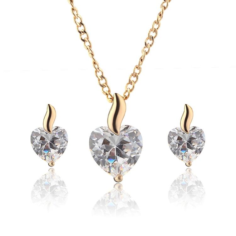 Sada bižuterních šperků se zlatým zirkonem, náhrdelník s přívěskem srdce s náušnicemi Doprava zdarma 1S18K-66