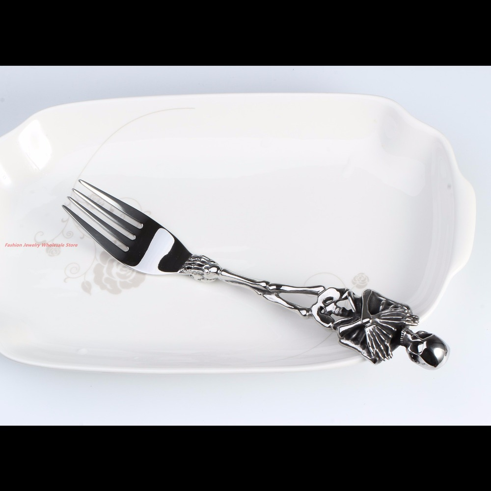 Charming Special 316L Stainless Steel Silver Tableware Cool Fork Shape Skull Pendant Silverware Cutlery Design Modern Look-in Pendants from Jewelry ... & Charming Special 316L Stainless Steel Silver Tableware Cool Fork ...