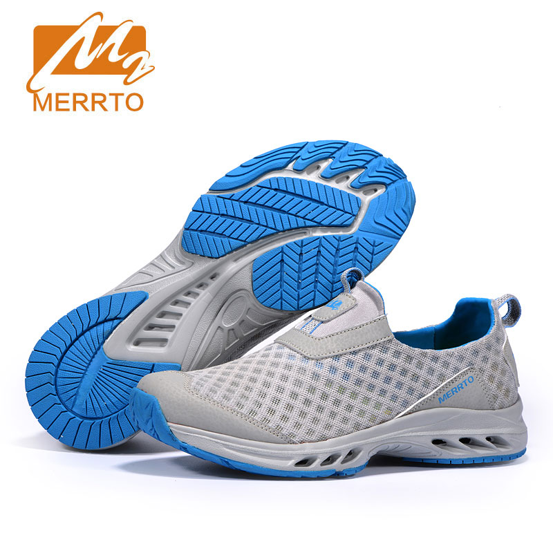цена на MERRTO New Brand Men Beach Water Shoes Air Cushion Aqua Sandals Upstream Fishing Wading Shoes For Water Breathable Sneakers