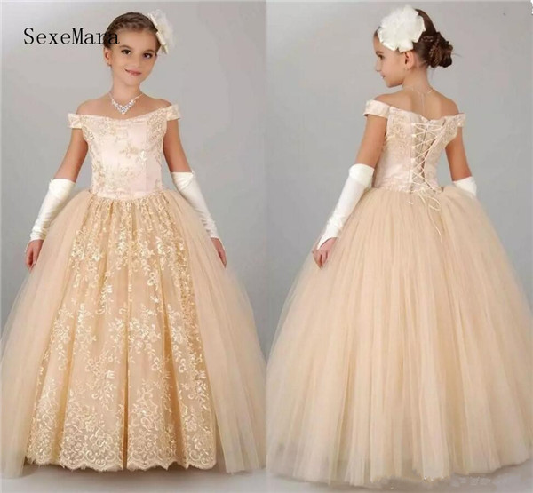 e43a1eae205b6 Vintage Flower Girls Dresses For Wedding Off Shoulder Lace Champagne  Princess Party Children For Birthday Girl Pageant Gown