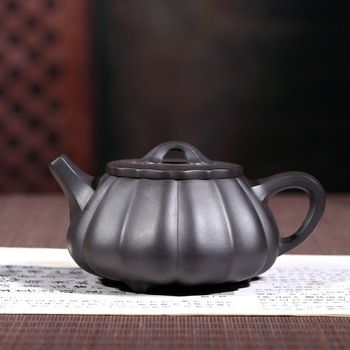 authentic masters all hand undressed ore black mud jin wen stone gourd ladle pot of kung fu tea Wu Hongying the teapot
