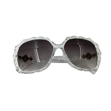 2017 New fashion vintage Polarized sunglasses Women Classic Brand Rivets Luxury Design women retro Sun glasses gafas oculos