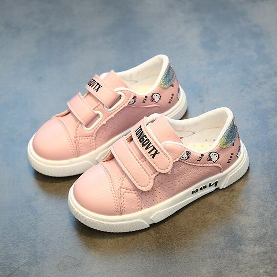 New Brand Fashion Cartoon KT Shoes For Girls Tenis Chaussure Enfant Kids Sneakers Girl Pink Casual Shoes CuteNew Brand Fashion Cartoon KT Shoes For Girls Tenis Chaussure Enfant Kids Sneakers Girl Pink Casual Shoes Cute