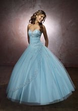 In Stock New Stunning Crystals Beaded Sweetheart Tulle Sky Blue Quinceanera Dresses