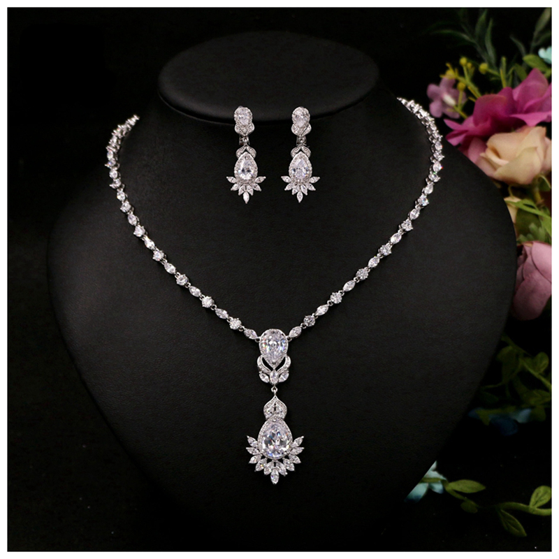 Zircon Silver Plated Crystal Choker Necklace Earrings Set Wedding Bridal Jewelry Sets Wedding Bridesmaid Jewelry Accessories rakol 2018 new wedding costume accessories heart shape cubic zircon crystal bridal earrings and rhinestone necklace jewelry set