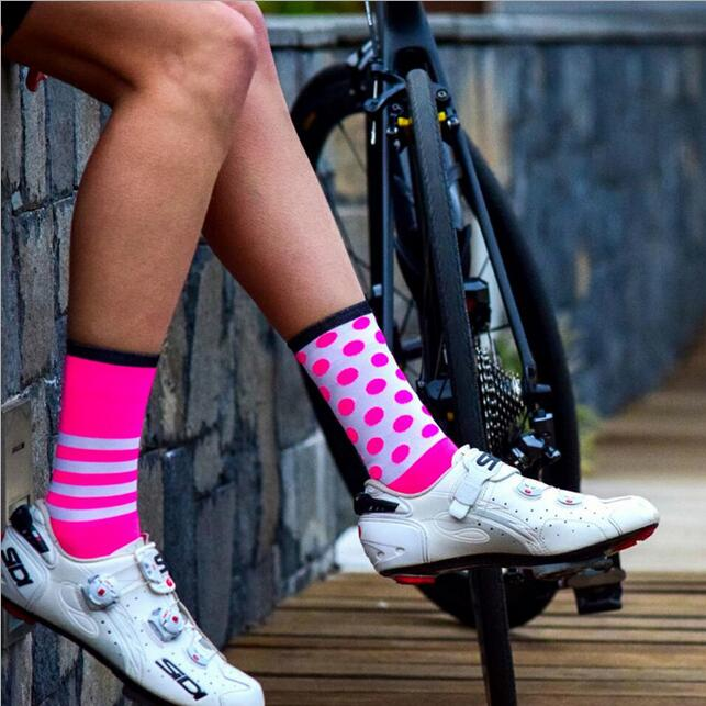 Unisex Top Cycling Socks Professional Breathable Sports Bike Socks High Quality Protect Feet Bicycles Socks