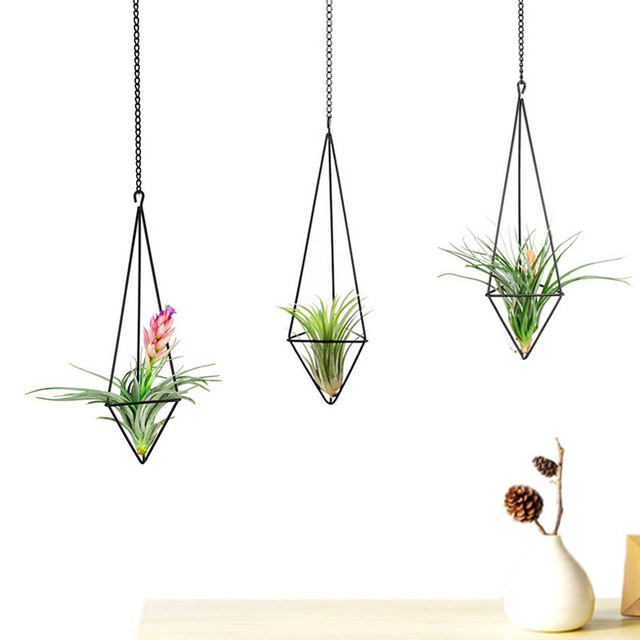 Mkono Air Plant Holder Hanging Planter Pot Geometric Himmeli For Tillandsia Airplants Indoor Decoration With Chains Black