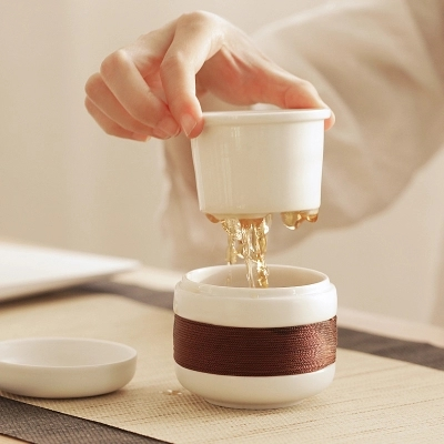 Ceramic Kung Fu tea set personal tea cup filter container with lid portable travelling tea set