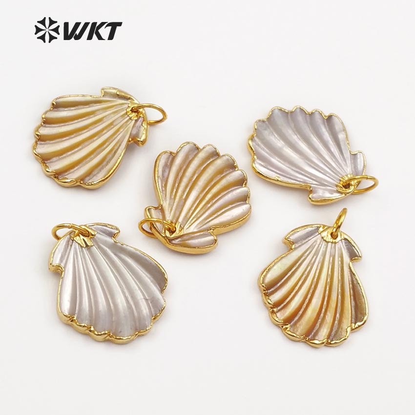 WT JP056 WKT Exiquisite mini female jewelry natural scallop shell pendant with gold color plated 2018
