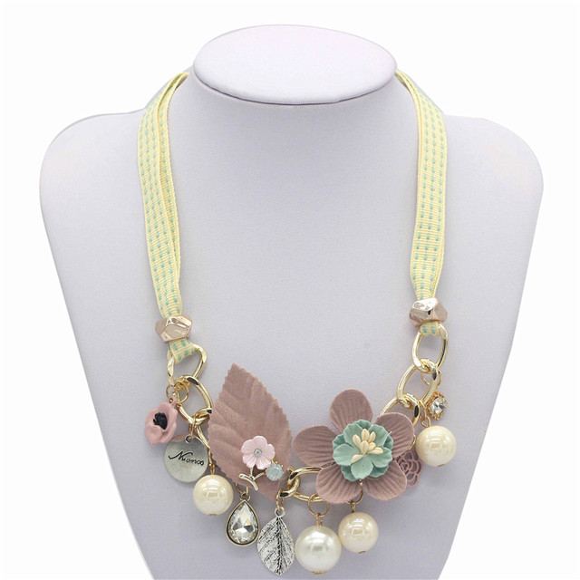 Olaru Brand Korea New Jewelry Fashion Cloth Imitation Flower Pearl Choker Neckalce Woman Maxi Statement Necklace Accessories 2