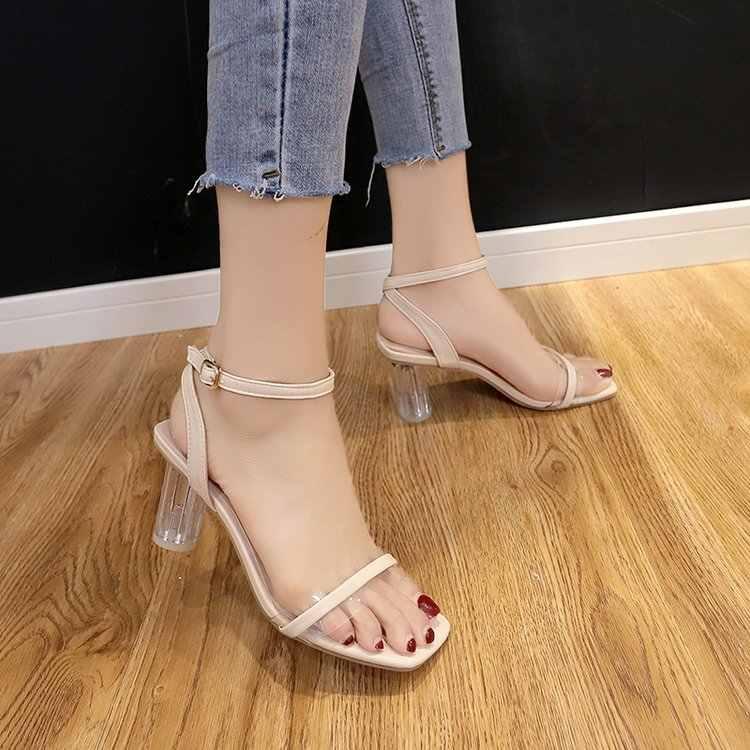 Schoenen vrouwen 2019 zomer nieuwe vrouwen schoenen met een vierkante kop dikke met lakleer transparant met open teen sandalen vrouwen