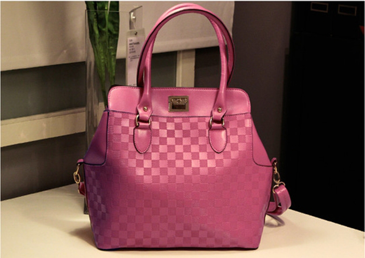 Ladies Red Handbags   Luggage And Suitcases