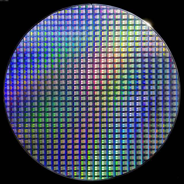 12 Inch Silicon Wafer Integrated Circuit Uncut Geek Toy Ornament ...