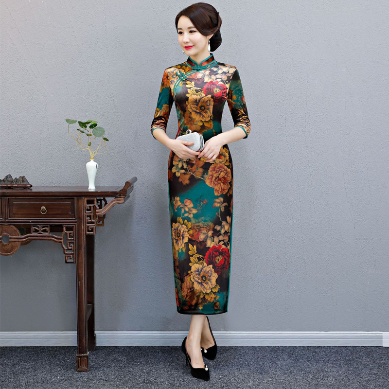 2019 New Autumn Velvet Satin Cheongsam Chinese Traditional Dress long Sleeve Female High Neck Qipao Unique Party Evening Dresses