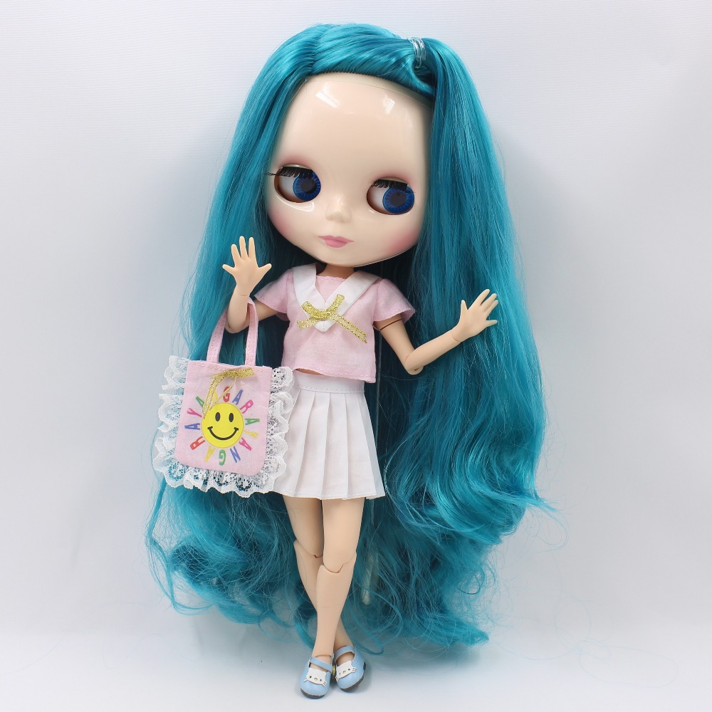Neo Blythe Doll with Turquoise Hair, White Skin, Shiny Face & Jointed Body 2