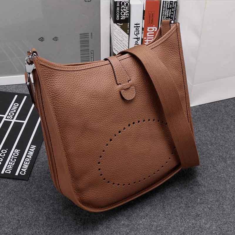 2017 New Hot Sale Women's Messenger Bags Small High Quality Genuine Leather Woman Crossbody Handbag Purse Brand Designer Bolsas