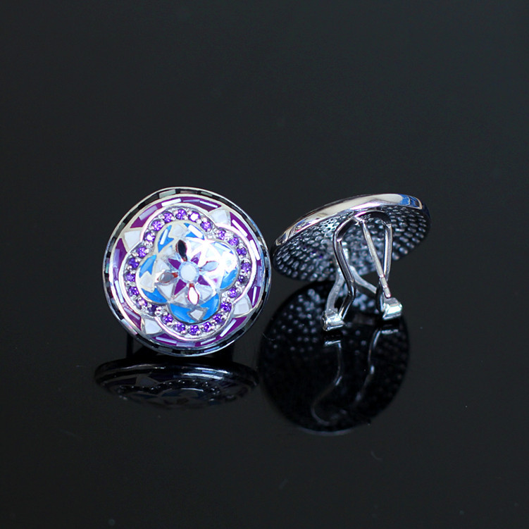 The character of silver S925 silver exquisite handmade female buckle ear shell the character of silver s925 silver jewelry fashion exquisite lady earrings blue sandstone section