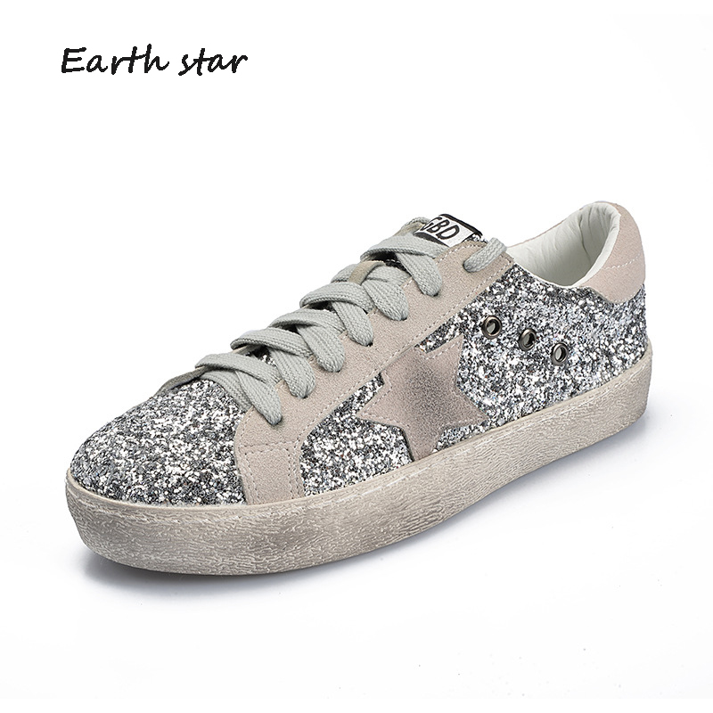 лучшая цена EARTH STAR 2018 Casual Shoes Women Fashion Brand Glitter Sneakers Lady Bling chaussure Bling Autumn Female footware with Star