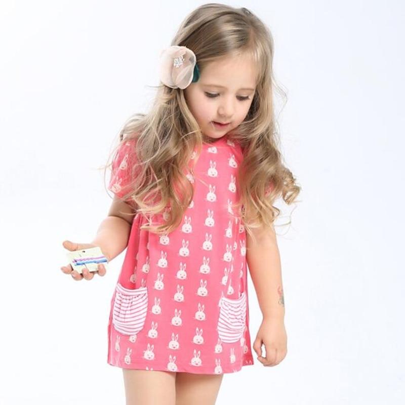 187a78ff32075 قليلا مخضرم الأطفال العلامة التجارية الملابس 2018 جديد الصيف الطفل الفتيات ملابس  الاطفال القطن الأرنب جيب طباعة فتاة اللباس S0002