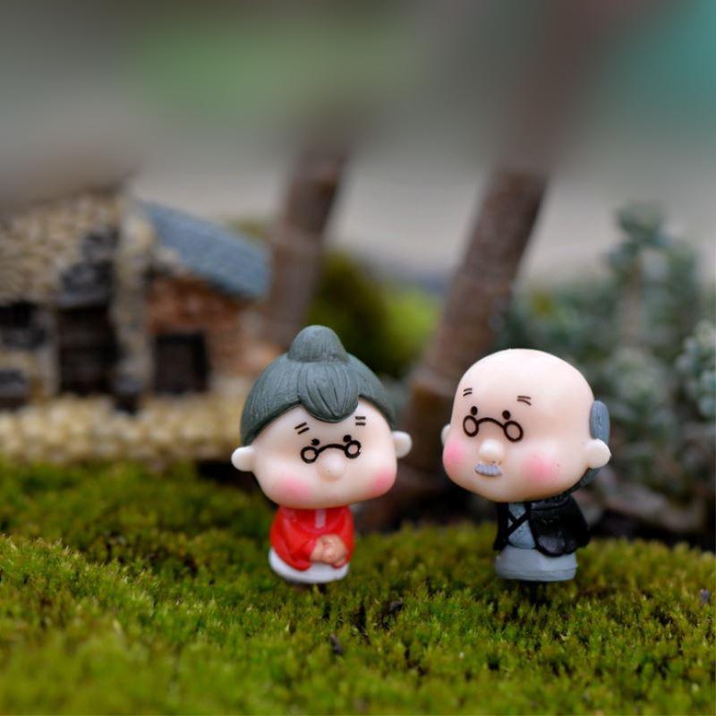 2 Stks/set Grootouders Poppen Huis Potten Mos Micro Landschap Ornamenten Miniatuur Pastorale Gelukkig Fee Tuin Beeldje Decor