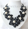 Prett Lovely Women's Wedding FREE shipping>>>>classic white baroque freshwater pearl black shell flower leather necklace m589