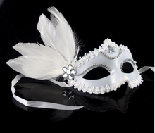 5pcs/lot  Halloween Black White Feather Mask Venetian Costume Ball Princess Half-face Party