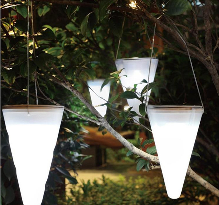 Direct Wholesale Solar Hanging Light cone Christmas decoration outdoor garden to be inserted