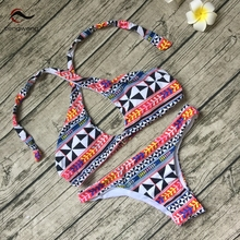 New 2017 Women Sexy Halter Bikini Set Beach Geometric Print Swimsuit Bathing Suit Swimwear Brazilian Beachwear maillot de bain