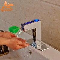 Светодиодный свет латунь хромированной отделкой автоматический Сенсор смеситель Ванная Комната Раковиной коснитесь одно отверстие Смеси