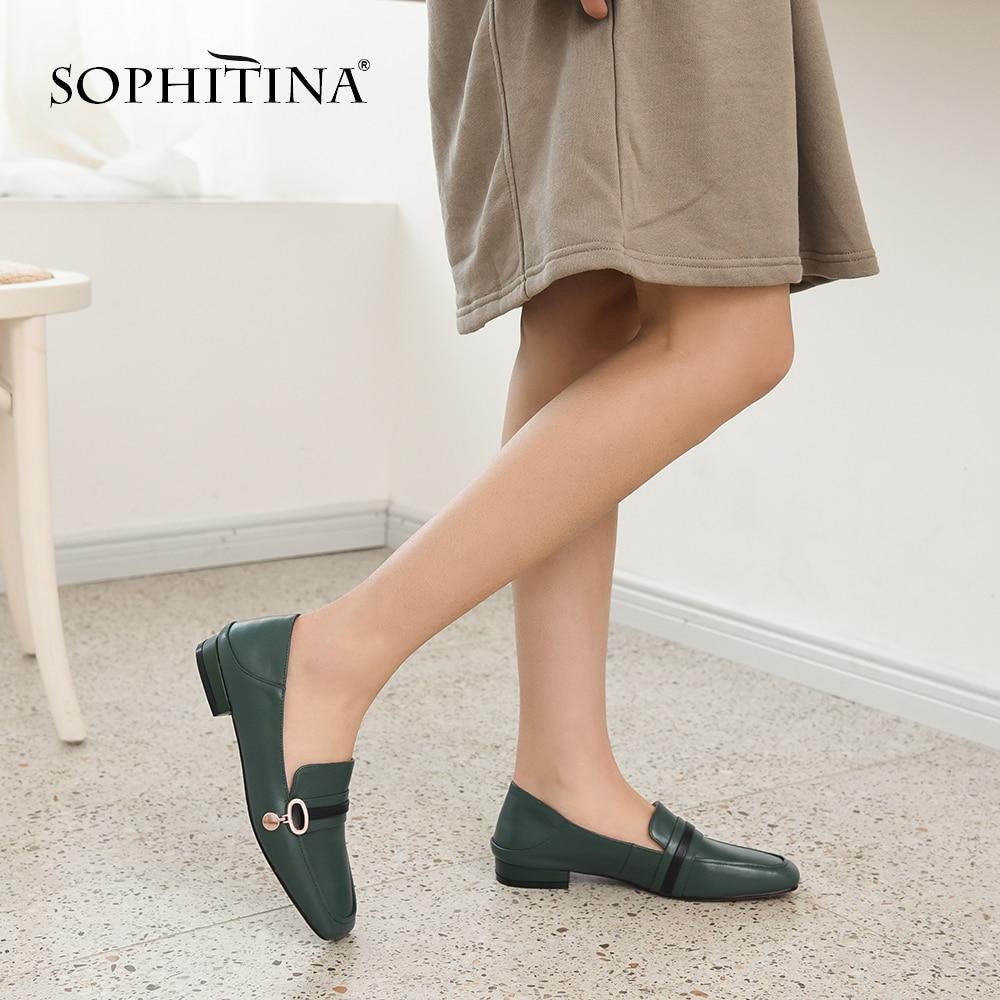 SOPHITINA ใหม่ของแท้หนังการระเบิดสบายสแควร์ Toe Casual รองเท้าตกแต่งโลหะร้อนขายผู้หญิงแฟลต MO57-ใน รองเท้าส้นเตี้ยสตรี จาก รองเท้า บน   1