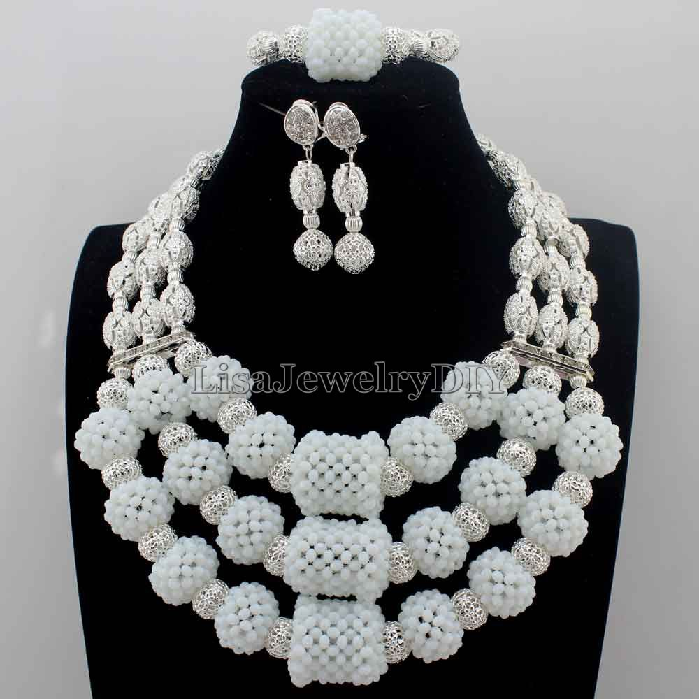 Latest White African Beads Jewelry Set Floral Brooch Chunky Crystal Costume Bridal Necklace Set Christmas Free Shipping HD8782Latest White African Beads Jewelry Set Floral Brooch Chunky Crystal Costume Bridal Necklace Set Christmas Free Shipping HD8782