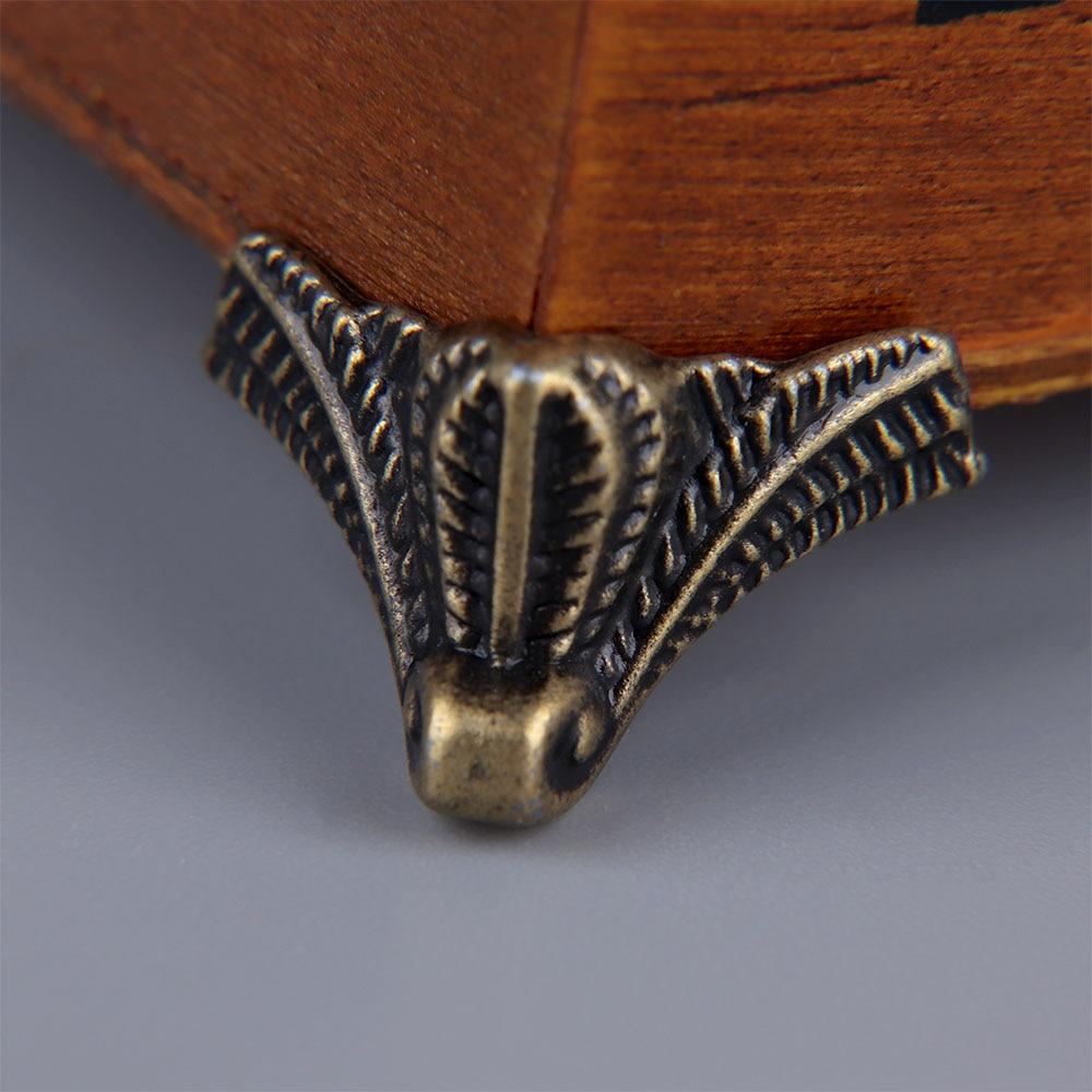 4 Pcs Antique Fashion Corner Protector Box Wood Case Decorative Feet Leg Corner Bracket Furniture Hardware