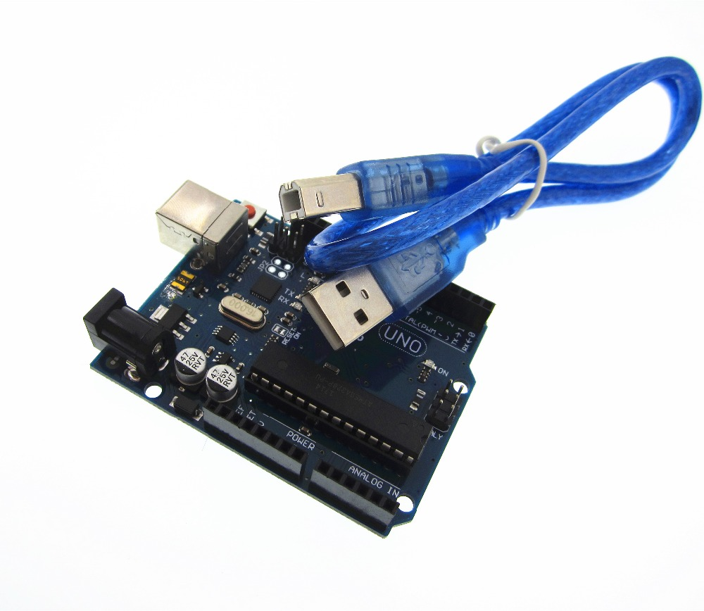 1 lot = 1 set = 1 pcs UNO R3 MEGA328P ATMEGA16U2 Compatible + 1 pcs Câble USB