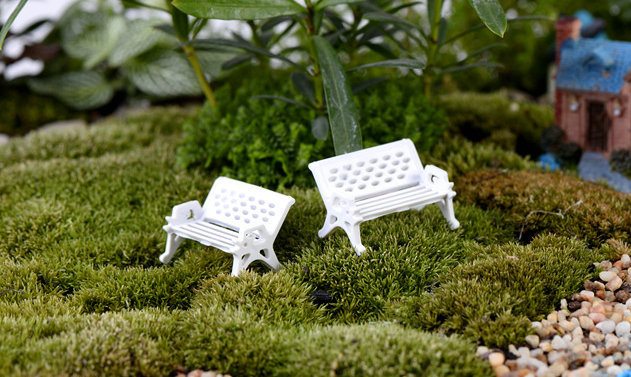 Awe Inspiring White Park Bench Seat Child Meaty Moss Bottle Micro Squirreltailoven Fun Painted Chair Ideas Images Squirreltailovenorg