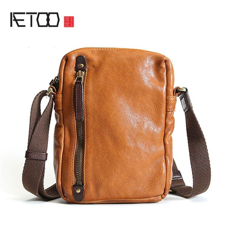 Bagaj ve Çantalar'ten Çapraz Çantalar'de AETOO erkek omuzdan askili çanta deri askılı çanta küçük erkek çanta retro rahat gençlik mini yumuşak deri çanta trendi'da  Grup 1