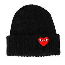 2019 Otoño Invierno mujer hombre cálido de punto de sombreros de Color rojo  corazón ojos de dibujos animados etiqueta e82b3780140