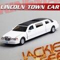 Caliente venta 1 unid 1:38 17.5 cm delicada KINSMART 1999 Lincoln town cinco puertas modelo de simulación de aleación de coche decoración regalo del juguete