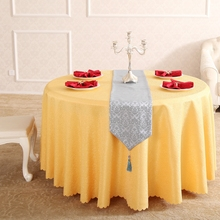 European Time Flys Yellow  Rectangle Small Polyester Jacquard Tablecloths Hotel Dining Table Round Cloth Wedding Decorations
