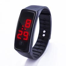 Fashion Men Women Casual Sports Bracelet Watches LED Electronic Digital Candy Color Silicone Wrist Watch for Children Kids